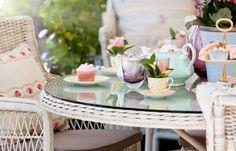 Buy loose leaf tea online from Cup of Tea Ltd. We offer a wonderful range of loose leaf teas, tea caddies and gifts. Kitchenaid, Fresco, High Tea Food, Tea Places, Loose Leaf Tea, Tea Recipes, Dessert Recipes, Afternoon Tea, Home Buying