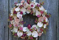 velikonoční věneček / Zboží prodejce Flowers and Easter Wreaths, Shabby Chic Decor, Floral Wreath, Flowers, Crafts, Inspiration, Beautiful, Color, Home Decor