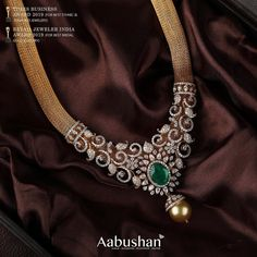 Gold crusted chain with an attractive centre design delicately crafted with dazzling diamonds and emerald stone gives an artful look. Antique Jewellery Designs, Emerald Stone, Diamond Pendant, Diamond Bangle, Bridal Jewelry, Fashion Jewelry, Centre, Diamonds, Gold Chain Indian