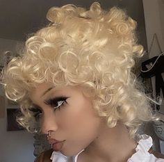 Dog Whistle, Black Girl Aesthetic, Pretty People, Pearl Necklace, Chokers, Make Up, Hair Styles, Kawaii, Ideas