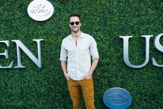 Ryan Eggold walks the blue carpet during the 2015 US Open.