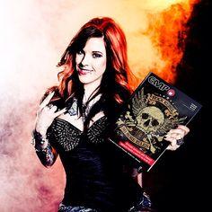 Avete già ricevuto il nuovo catalogo #empitalia?  Scattategli una foto e taggateci! \m/ #rockgirl #rock #rebel