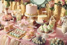 With changing universal phenomena a new trend of wedding dessert table is getting popular these days in Singapore. Read on to know the best and fun ways to incorporate the wedding dessert table. Dessert Bar Wedding, Wedding Sweets, Wedding Cakes, Buffet Dessert, Dessert Bars, Pink Dessert Tables, Candy Table, Candy Buffet, Wedding Ideias