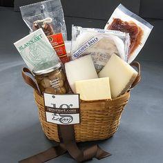 Spanish Fiesta Classic Gift Basket (4.8 pound) - http://mygourmetgifts.com/spanish-fiesta-classic-gift-basket-4-8-pound/