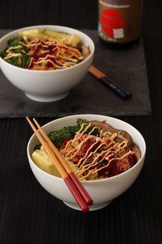 Vegan Brown Rice Noodle Bowl with Citrus Ginger Dressing & Sriracha Mayo