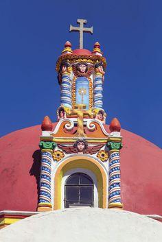 Huamantla, Pueblo Mágico de Tlaxcala, muestra su colorida pasión.