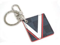 LOUIS #VUITTON Latitude Illustre Key Holder Damier Cobalt M61939 (BF305465) #eLADY global accepts returns within 14 days, no matter what the reason! For more pre-owned luxury brand items, visit http://global.elady.com