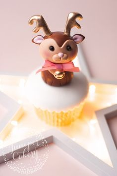 Tutorial: Cute Little Fondant Reindeer! ~ Juniper Cakery