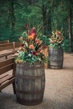 Drakewood Farm Specializes in All Inclusive Weddings & Events in the Nashville, TN area. Fall Wedding Flowers, Fall Wedding Decorations, Fall Wedding Colors, Floral Wedding, Ceremony Decorations, Farm Wedding Themes, Wedding Centerpieces, Country Wedding Colors, Fall Wedding Arches