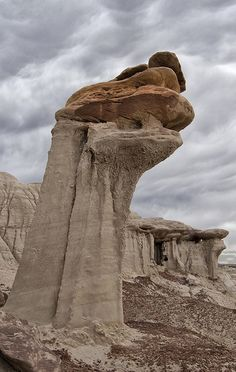 Hoodoos at Ah-Shi-Sle-Pah Wilderness Area, North Mexico Cool Rocks, Beautiful Rocks, Beautiful Places, Formations Rocheuses, Natural Phenomena, Nature Pictures, Natural Wonders, Amazing Nature, Beautiful Landscapes