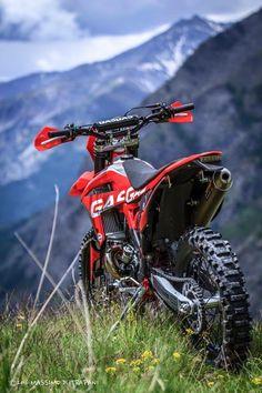 Ideas dirt bike wallpaper motocross wallpapers for 2019 Motocross Love, Enduro Motocross, Enduro Motorcycle, Moto Bike, Girl Motorcycle, Bike Handlebars, Ktm Dirt Bikes, Cool Dirt Bikes, Dirt Biking