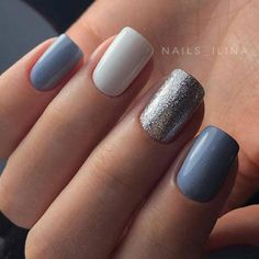 The advantage of the gel is that it allows you to enjoy your French manicure for a long time. There are four different ways to make a French manicure on gel nails. Silver Nails, Matte Nails, Blue Nails, Glitter Nails, Glitter Pedicure, Zebra Nails, Glitter Makeup, French Nails, Fall Acrylic Nails