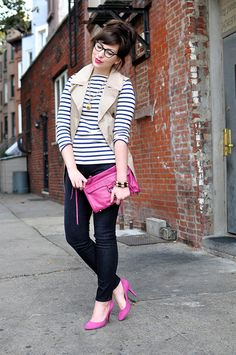 Love the pop of pink!