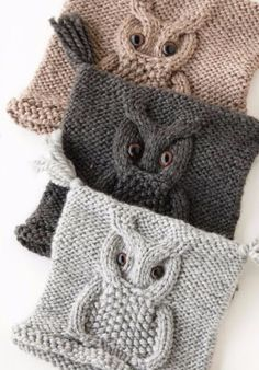 Knitted owl hat pattern idk if i really like the hat. But i love the owl design Knitted Owl, Knit Or Crochet, Knitted Hats, Crochet Hats, Crochet Cable Stitch, Blanket Crochet, Yarn Projects, Knitting Projects, Crochet Projects