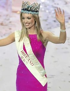 Miss World Of 2003 – Rosanna Davison from Ireland. Steampunk Fashion, Gothic Fashion, Emo Fashion, Beautiful Inside And Out, Most Beautiful, Beautiful Birds, World Winner, Gothic Corset, Black Corset
