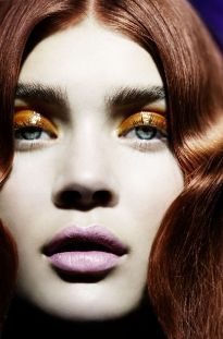 ELLE Beauty ELLE magazine is your insider guide to fashion and beauty's most fabulous. Photographer Signe Vilstrup, retouch by Werkstette. Photo Makeup, Makeup Art, Eye Makeup, Hair Makeup, Beauty Make Up, My Beauty, Hair Beauty, Strawberry Blonde Hair Color, Glossy Eyes