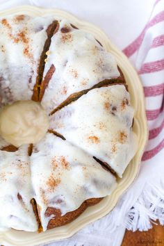 Cream Cheese Glazed Pumpkin Bundt Cake - This classic fall dessert is full of pumpkin flavor, cinnamon spice, and rich cream cheese! It is absolutely Heavenly. by carmen Pumpkin Bundt Cake, Pumpkin Dessert, Cupcakes, Cupcake Cakes, Bundt Cakes, Pumpkin Recipes, Cake Recipes, Dessert Recipes, Baking Recipes
