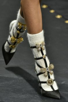 The Best Shoes From Milan Fashion Week - Versace Milan Fashion Week Fall/Winter. - The Best Shoes From Milan Fashion Week – Versace Milan Fashion Week Fall/Winter 2019 Best Shoe T - Look Fashion, Runway Fashion, Fashion Shoes, Fashion Accessories, Womens Fashion, Fashion Design, Fashion Trends, Couture Fashion, Fashion Dresses