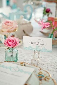 Pastels table decor