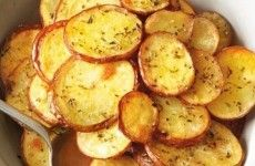 BOLOS CASEIROS MASSA DE LIQUIDIFICADOR SUPER FÁCIL!! VEJA COMO FAZER>>>   Receitas Do Céu Carne, Cake Pops, Potato Salad, 3 D, Bacon, Snack Recipes, Pizza, Potatoes, Vegetables