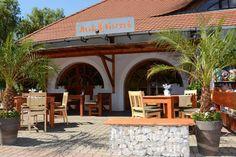 Móló Bisztró Balatongyörök Hungary, Pergola, Outdoor Structures, Travel, Viajes, Outdoor Pergola, Trips, Traveling, Arbors