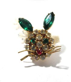 VINTAGE Rhinestone Bunny Pin Brooch Gold RABBIT Bunny by punksrus