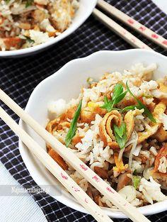 Ryż ze smażonym kurczakiem i jajkiem, Ryż smażony, Ryż z jajkiem, Ryż z kurczakiem, Ryż, http://najsmaczniejsze.pl #food #ryż #kurczak