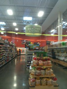 Here Everythings Best for my weekly shopping. Standard grocery market with the seasonal treasures. The Hill Country brands quality for price is very good. It's a basic grocery for shopping but gives me surprises each season which keeps me going back.