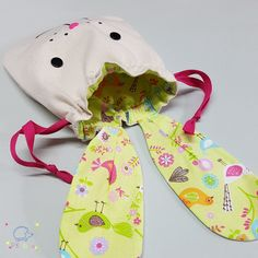 PIKEBOU - TUTO SAC LAPIN 0- patron gratuit - Paques - Osterhase - easter bag - free pattern Free Pattern, Dinosaur Stuffed Animal, Parfait, Diy, Easter, Christmas Ornaments, Holiday Decor, Bags, Inspiration
