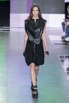 Louis Vuitton Spring 2016 Ready-to-Wear Collection