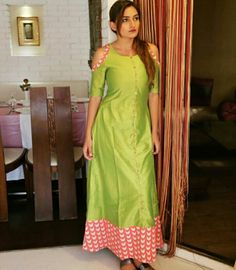 6a3357c2f1c Green Cold Shoulder Maxi Dress.Mumbai based..Delivery all over India and  outside
