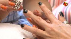 Nail Art: unhas com bolinhas