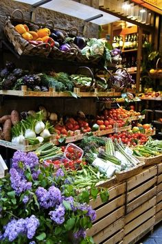 Start my day off by visiting a local famers market to see all the local produce #MyDayinStitchFix