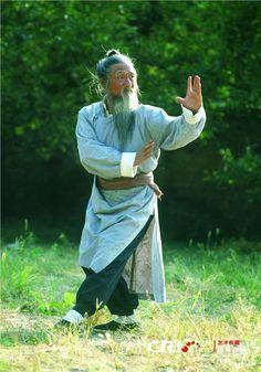 Tai chi chuan China # taijiquan美国小伙痴迷中国功夫 欲用8年学武当拳法(图)