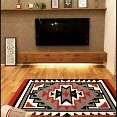die besten 25 fernsehregal ideen auf pinterest fernsehschrank m bel fernsehtisch aus. Black Bedroom Furniture Sets. Home Design Ideas