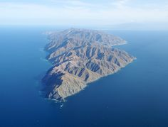 Cerralvo Island, Mexico: This uninhabited private island is located off the east coast of Baja in the Sea of Cortez. Cerralvo Island is 16 miles long, with an area of approximately 35,000 acres...  http://www.vladi-private-islands.de/en/island+buy+cerralvo-island+mexico+central-america/