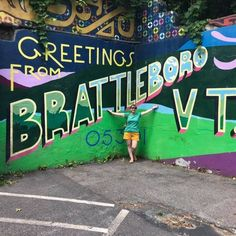 Brattleboro Vermont, Neon Signs