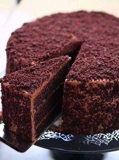 Фото к рецепту: Шоколадный торт Пеле.