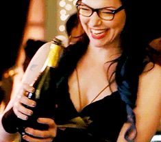 This has to be the most hottest accident ever!! :P Laura Prepon as Alex Vause in Orange is the new black :)