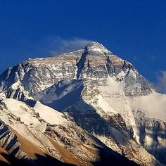 Mount Everest ~ Chomolungma m) - Mahalangur Himal , Tibet (CN) Travel Tours, Asia Travel, Tibet, Mount Everest Base Camp, Monte Everest, Climbing Everest, Sands Singapore, Nepal, Himalaya