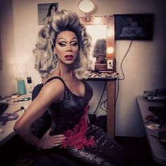 Mathu is RuPaul's official Makeup Artist. | 12 Reasons You Should Be Following Drag Queen Makeup Artist Mathu Andersen