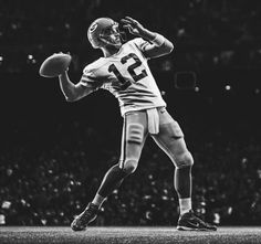 The work of Marcus Eriksson is immediately identifiable in it's ability to tell a narrative that is at once evocative, gripping, and romantic. Football Poses, Football Pictures, Nike Football, Football Art, American Sports, American Football, Black And White Posters, Aaron Rodgers, Green Bay Packers