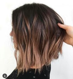 20 light brown bob hairstyles - Brown balayage short hair The Effective Pictures We Offer You About Beauty pictures A quality pict - Light Brown Bob, Short Brown Bob, Short Light Brown Hair, Short Hair Brown Highlights, Brown Ombre Short Hair, Light Brown Ombre, Brunette Highlights, Short Blonde, Long Bob With Ombre
