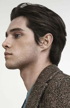 """Best Medium Length Hairstyles for Men You Must-Try Update) Find out more relevant information on """"mens hairstyles short"""". Browse through our website.Find out more relevant information on """"mens hairstyles short"""". Browse through our website. Latest Men Hairstyles, Mens Medium Length Hairstyles, Cool Hairstyles, Hairstyle Ideas, Hairstyle Photos, Hairstyles 2018, Medium Haircuts For Men, Perfect Hairstyle, Layered Haircuts"""