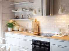 keittiö kontio toive asuntomessut 2017 Kitchen Decor, Kitchen Ideas, Kitchen Remodel, New Homes, Kitchen Cabinets, Home Decor, Kitchen Designs, Finland, Kitchens