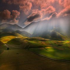 """ Monti Sibillini National Park, Italy (© Edmondo Senatore) """