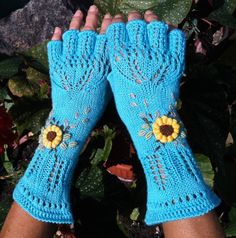 Kniting Pattern Fingerless Gloves Sky Above Us by Dom by domklary, $4.00''    pattern for you who want to do it yourself