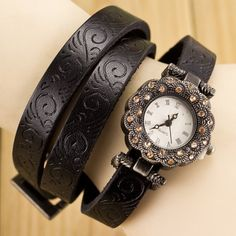 $4.73 Retro Quartz Wrist Watch with Round Dial and Leather Watch Band for Women