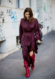 Street Style Milan Fashion Week Spring 2018 Best Looks Look Fashion, Street Fashion, Korean Fashion, Autumn Fashion, Fashion Tips, Fashion Trends, Japan Fashion, India Fashion, Dress Fashion