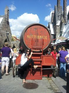 Me trying to hijack a butterbeer truck!!!!! Mischief managed!